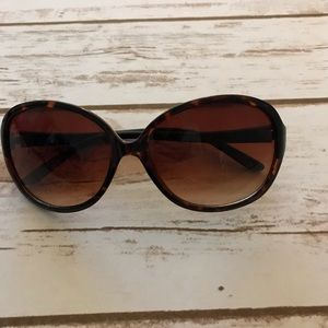 Betseyville brown sunglasses